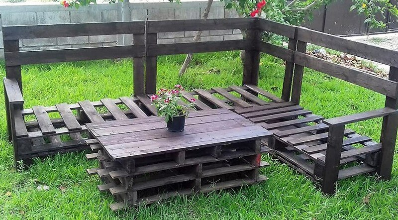 garden pallet furniture idea