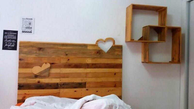 pallet headboard and shelf art