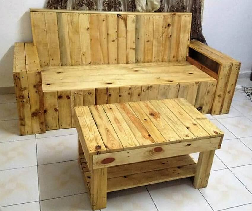 Recycled wood pallet living room furniture pallet ideas for Living room furniture made out of pallets