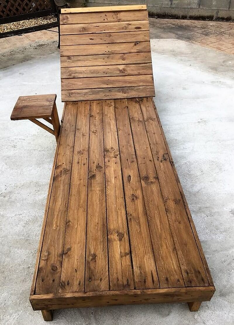 recycled pallets sun lounger