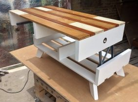 wood pallet top up table