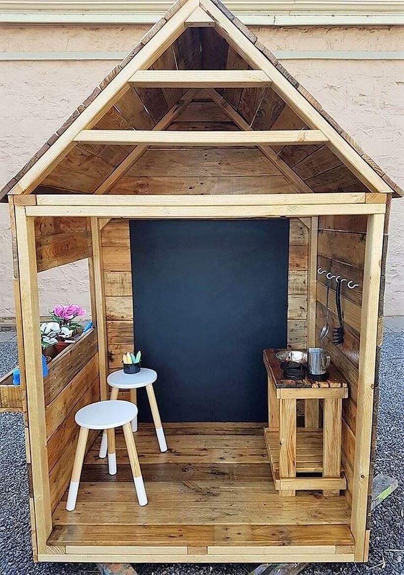 pallet playhouse plan