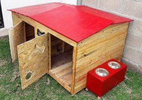 repurposed pallet dog houses