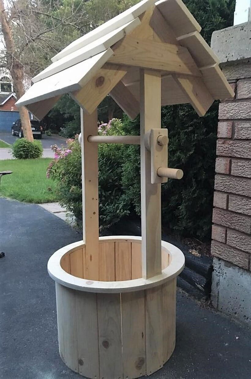 wishing well made out of pallets