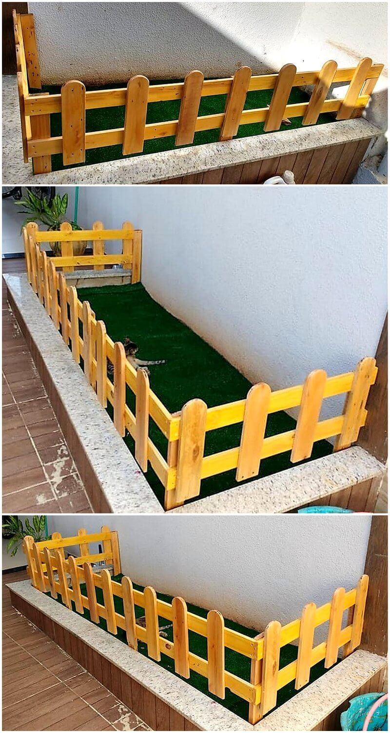 little pallet fence art