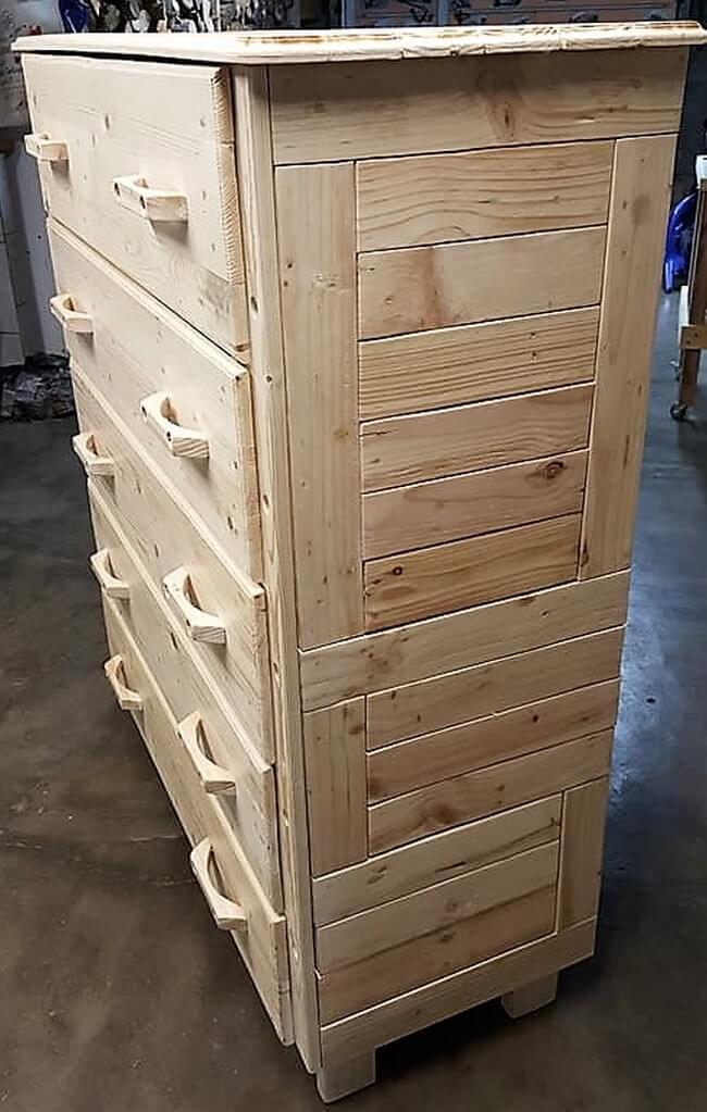 pallets made dresser