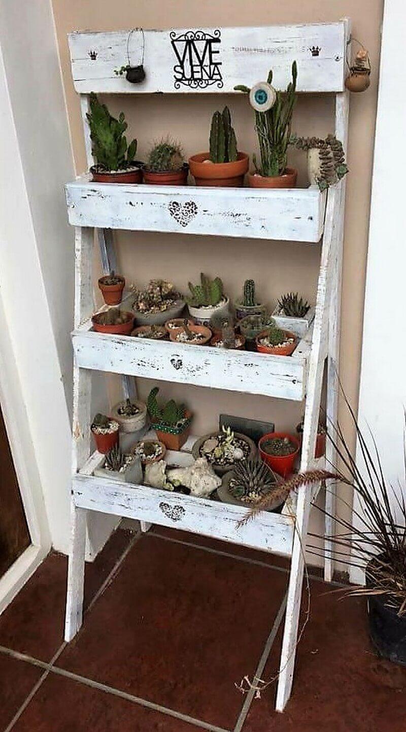 pallets pots stand ladder