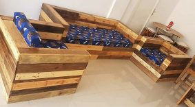 sofa made with pallets wood